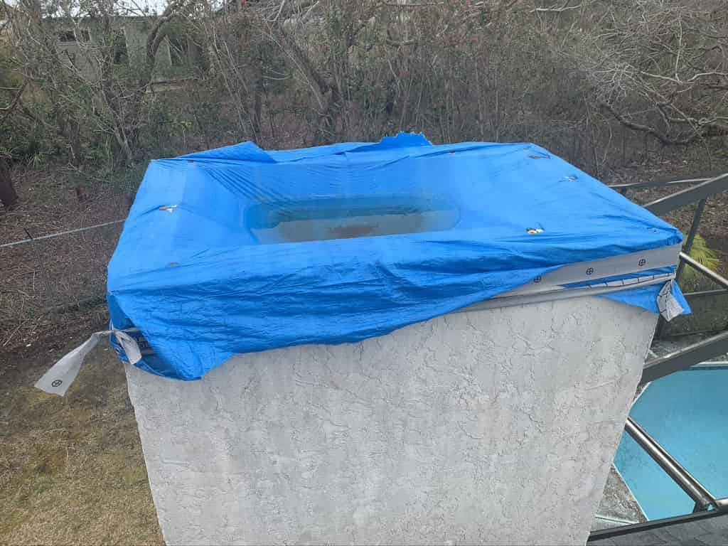 tarp to keep out water after hurricane in Diamondhead
